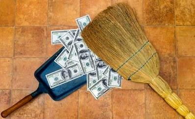 Уборка дома как способ привлечения денег
